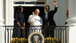pope_in_the_white_house_with_obama_in_the_us_crop1443022574119.jpg_1718483346